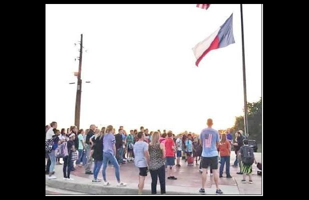 Students meet, pray at area flagpoles